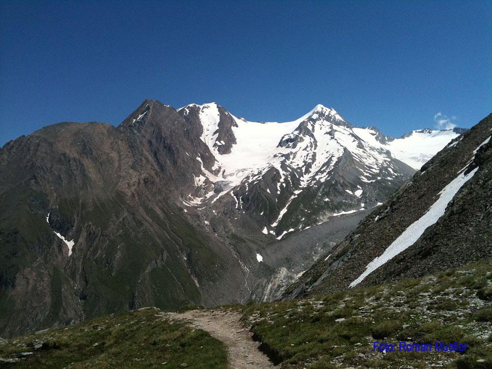 11. Tag: Hochfeiler beim Aufstieg zur Gliderscharte