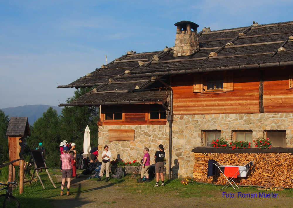 1. Tag: Reizvoll gelegene Kreuzwiesenhütte